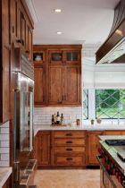 Brilliant rustic farmhouse kitchen cabinets remodel ideas 44