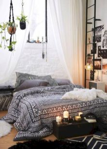 Comfy and cozy small bedroom ideas 12