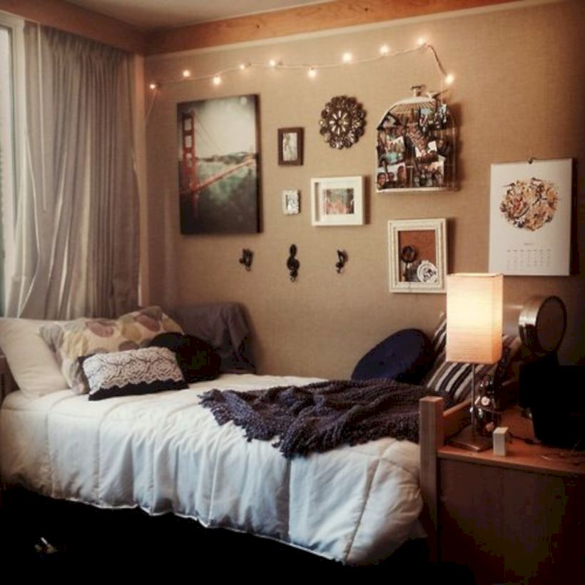 Comfy And Cozy Small Bedroom Ideas 32