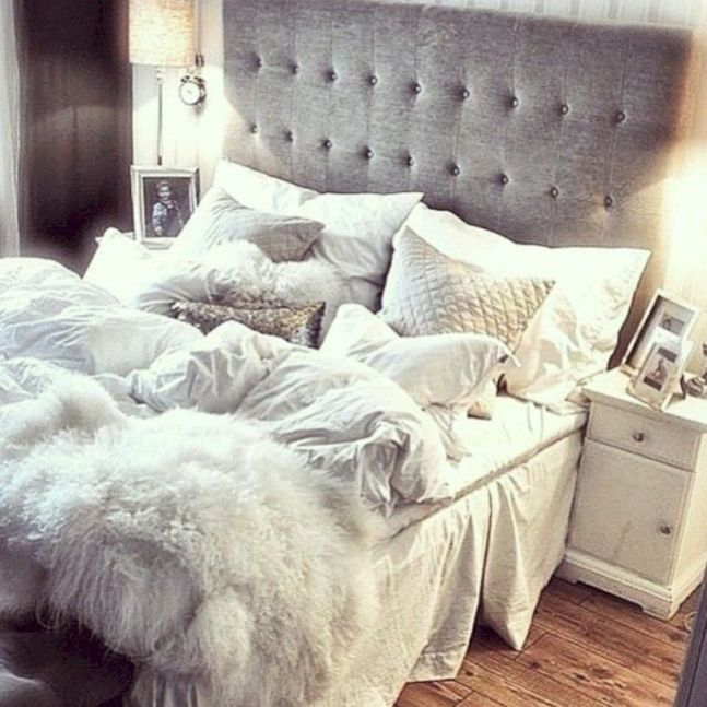 Comfy and cozy small bedroom ideas 42