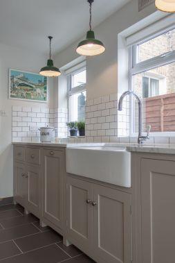 Cool farmhouse kitchen sink remodel ideas 06