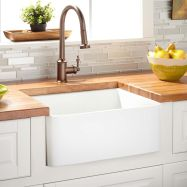 Cool farmhouse kitchen sink remodel ideas 41