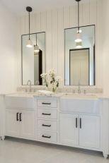 Cozy farmhouse bathroom makeover ideas 30