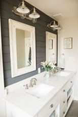Cozy farmhouse bathroom makeover ideas 32