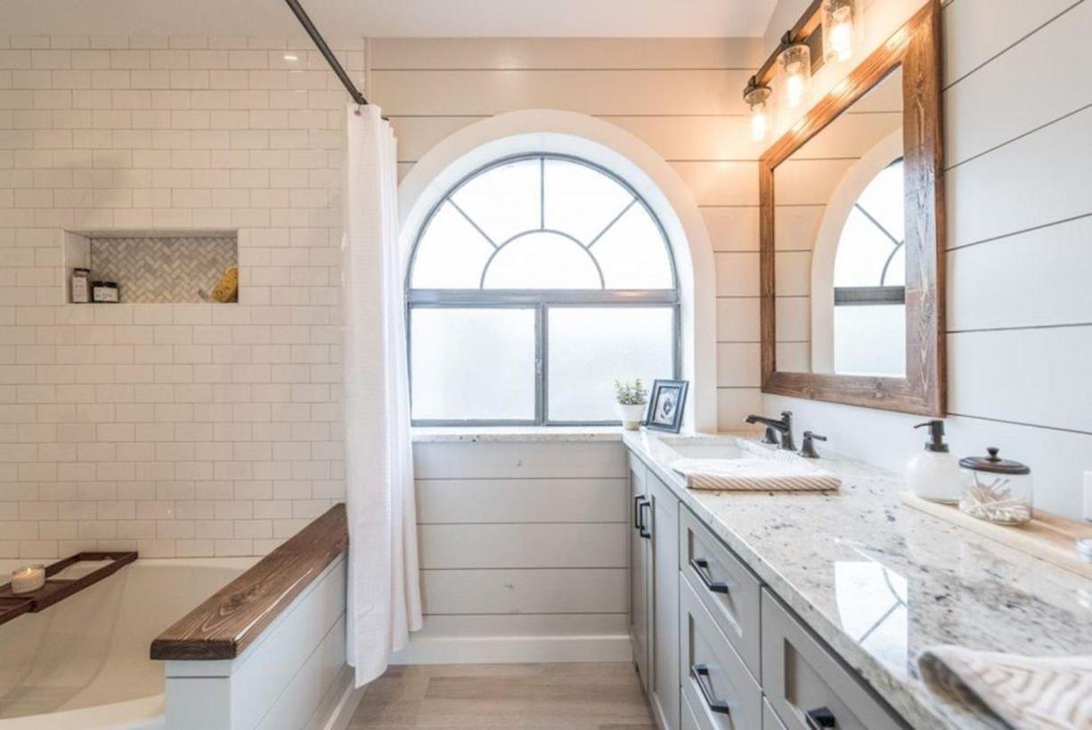 42 Cozy Farmhouse Bathroom Makeover Ideas