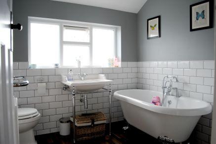Creative diy bathroom makeover ideas 39