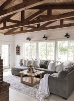 Fabulous farmhouse living room decor design ideas 04