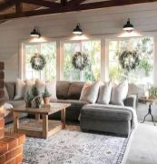 Fabulous farmhouse living room decor design ideas 46