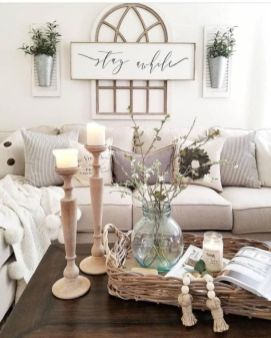 Gorgeous farmhouse living room decor design ideas 28