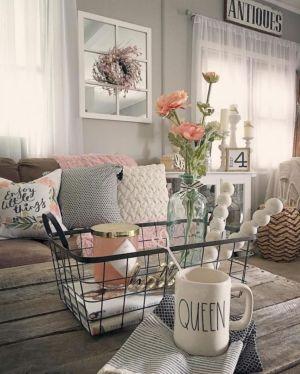 Gorgeous farmhouse living room decor design ideas 33