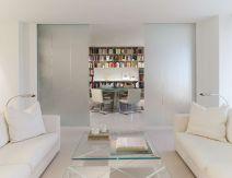 Gorgeous minimalist elegant white themed bedroom ideas 10