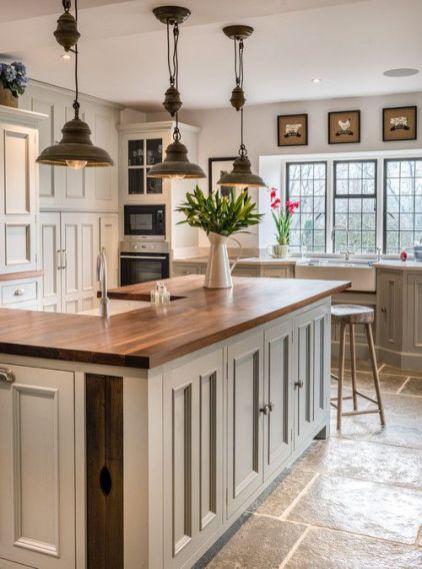 Impressive farmhouse country kitchen decor ideas 38