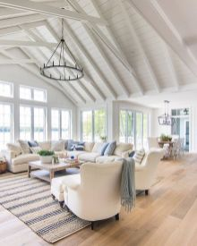 Lovely rustic coastal living room design ideas 15