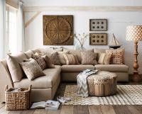 Lovely rustic coastal living room design ideas 18