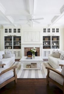 Lovely rustic coastal living room design ideas 36