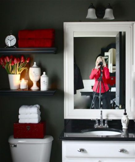Most popular red black and white bathroom decor ideas 07
