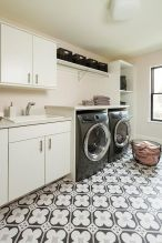 Outstanding black and white laundry room ideas 03