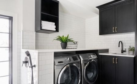 Outstanding black and white laundry room ideas 19