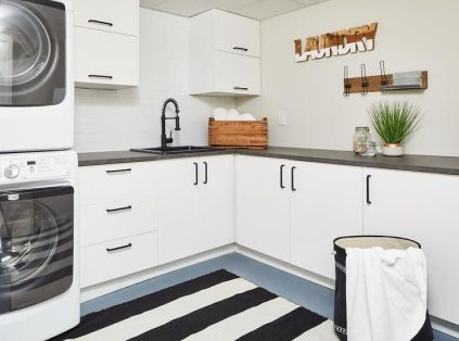 Outstanding black and white laundry room ideas 33