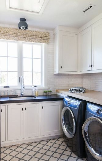 Outstanding black and white laundry room ideas 37