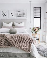Stunning minimalist bedroom ideas on a budget 11