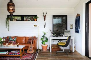 Unusual tiny living room design ideas for tiny house 25