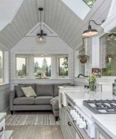 Unusual tiny living room design ideas for tiny house 32
