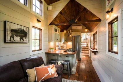 Unusual tiny living room design ideas for tiny house 45