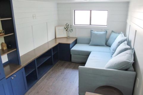 Unusual tiny living room design ideas for tiny house 51