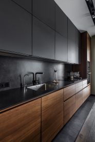 Amazing black kitchen design ideas 42