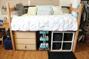 Beautiful dorm room organization ideas 07