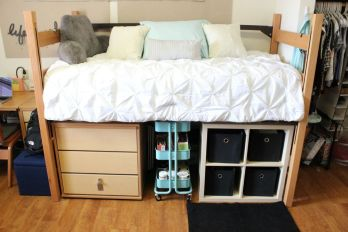 Beautiful dorm room organization ideas 07