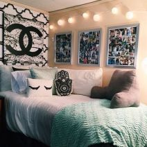 Beautiful dorm room organization ideas 13
