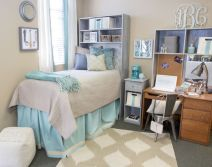 Beautiful dorm room organization ideas 14