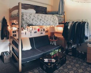 Beautiful dorm room organization ideas 36