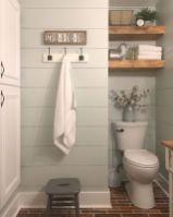Fabulous small farmhouse bathroom design ideas 11