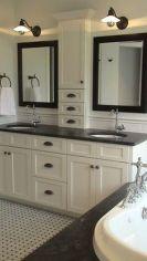 Fabulous small farmhouse bathroom design ideas 36