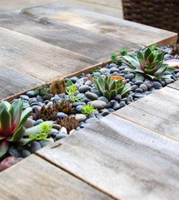 Great front yard rock garden ideas 18