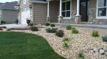 Great front yard rock garden ideas 43