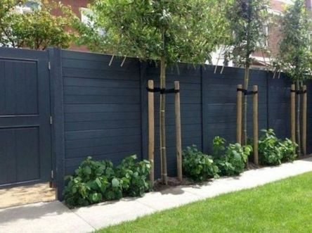 Popular privacy fence ideas 01