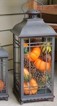 Pretty fall planters for easy outdoor fall decorations 41