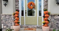 Pretty fall planters for easy outdoor fall decorations 43