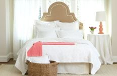 Simple master bedroom remodel ideas for summer 36