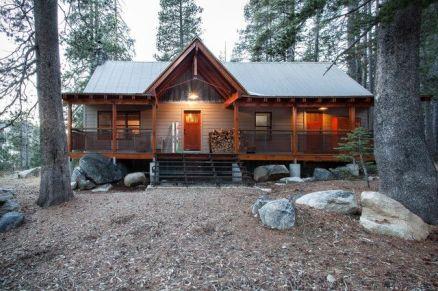 Simply elegant house design ideas 22