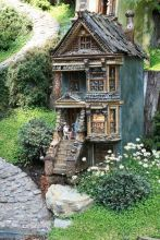 Stunning fairy garden decor ideas 49