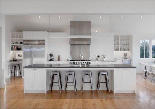 Stunning farmhouse kitchen cabinet ideas 16