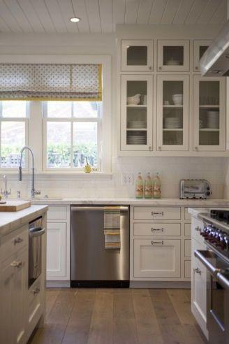 Stunning farmhouse kitchen cabinet ideas 30