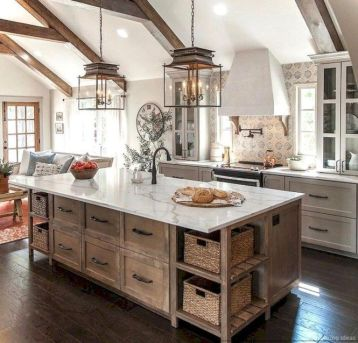 Stunning farmhouse kitchen cabinet ideas 41