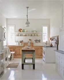Stunning farmhouse kitchen cabinet ideas 44