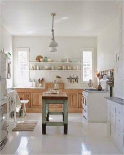 Stunning farmhouse kitchen cabinet ideas 44